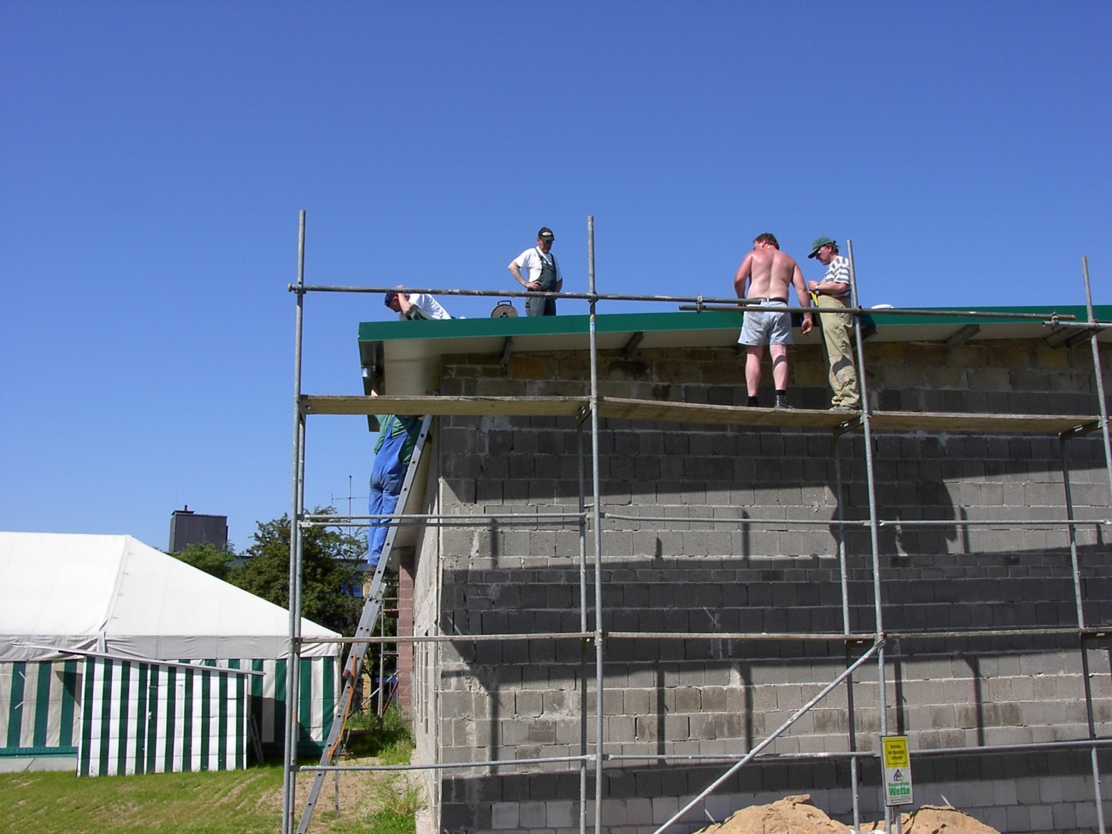 Neubau des Vereinsheimes - 245