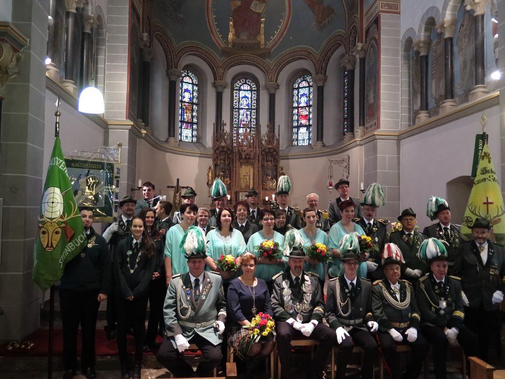 Gruppenbild zu Christkönigsfest 2016 in St. Nikolaus